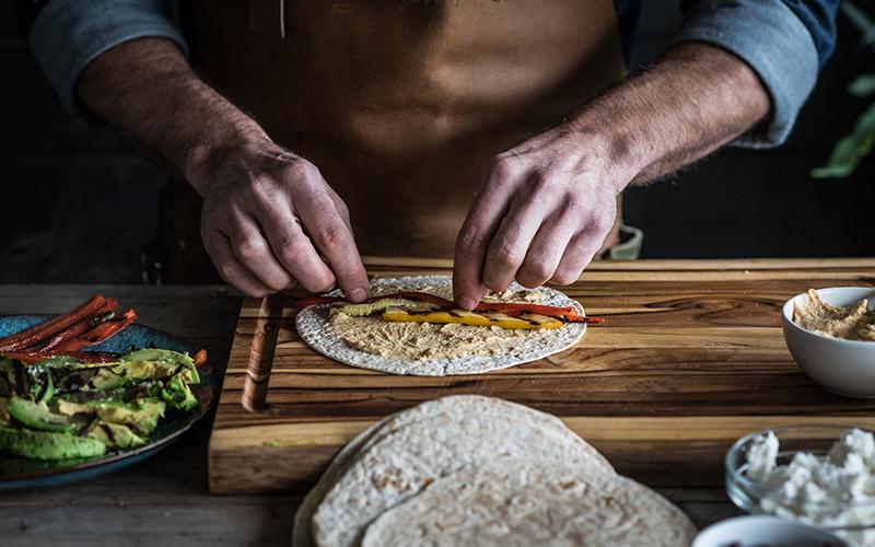 WirLiebenBigGreenEgg_Wraps_vegetarisch_hummus3